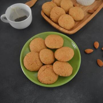 Almond coconut cookies