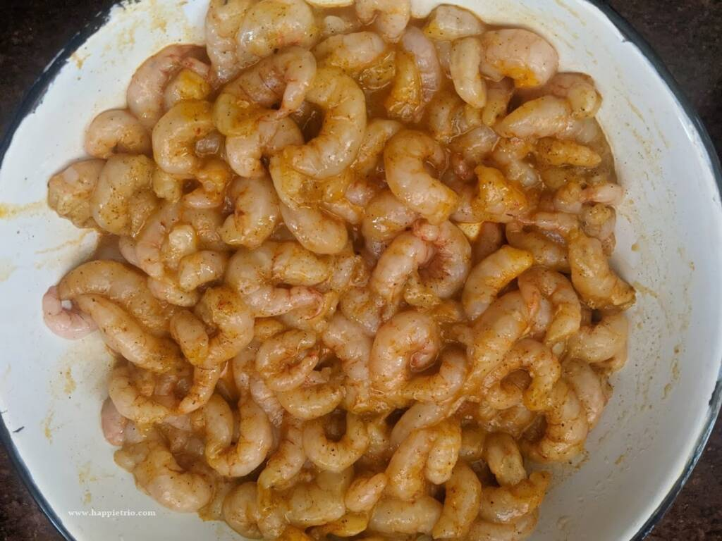 Marinate the shrimp in spices